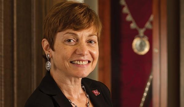 Dr-Julie-Wollman-2013-B