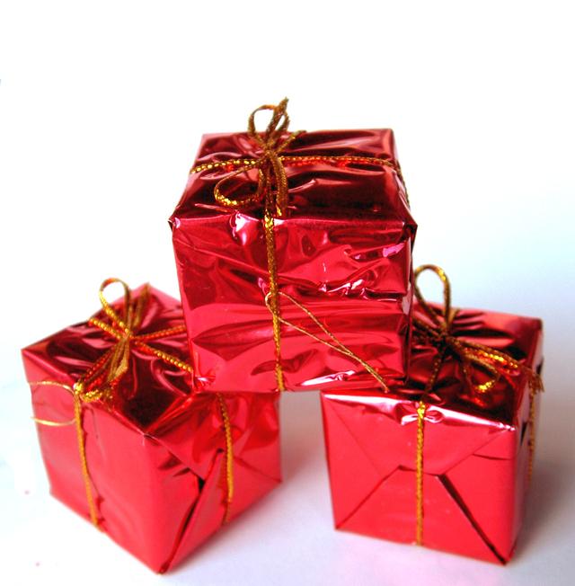 regali-2-1223820-640x652